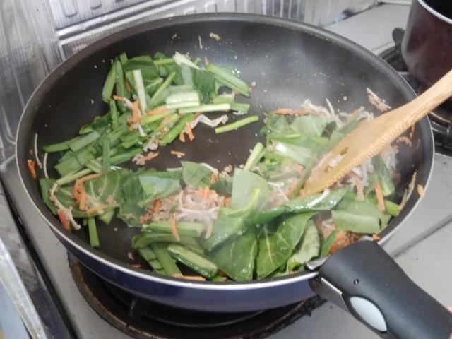 Kit2人前/野菜とジューシーそぼろのビビンバ フライパン